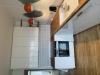 Metro fliser på køkkenvæg